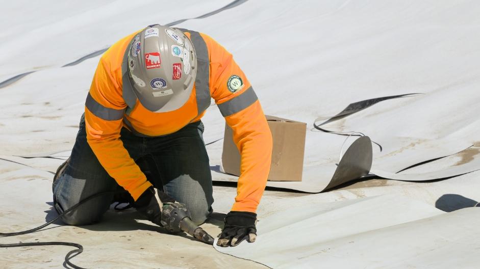 Ouvrier en action